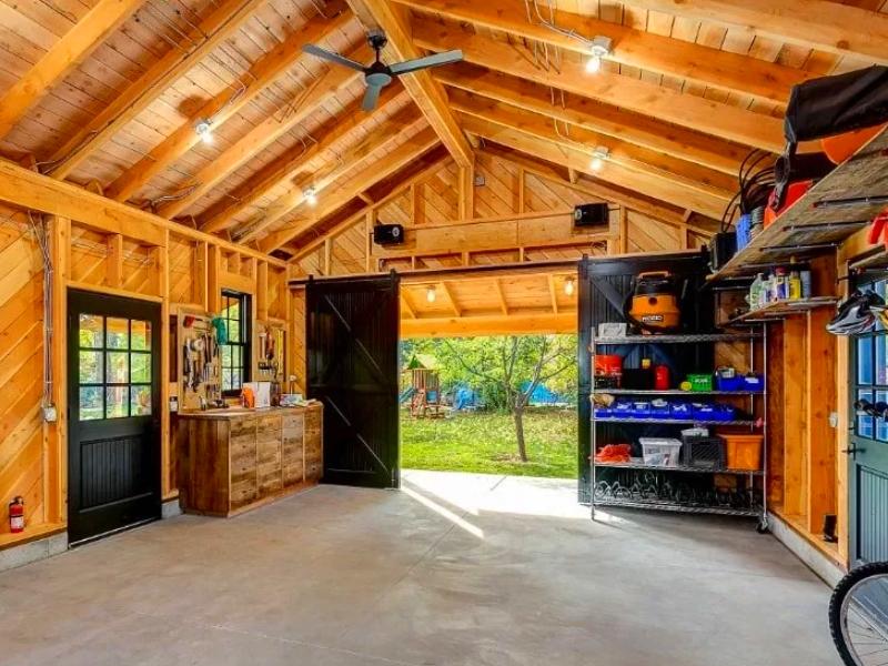 Как сделать гараж уютным и удобным